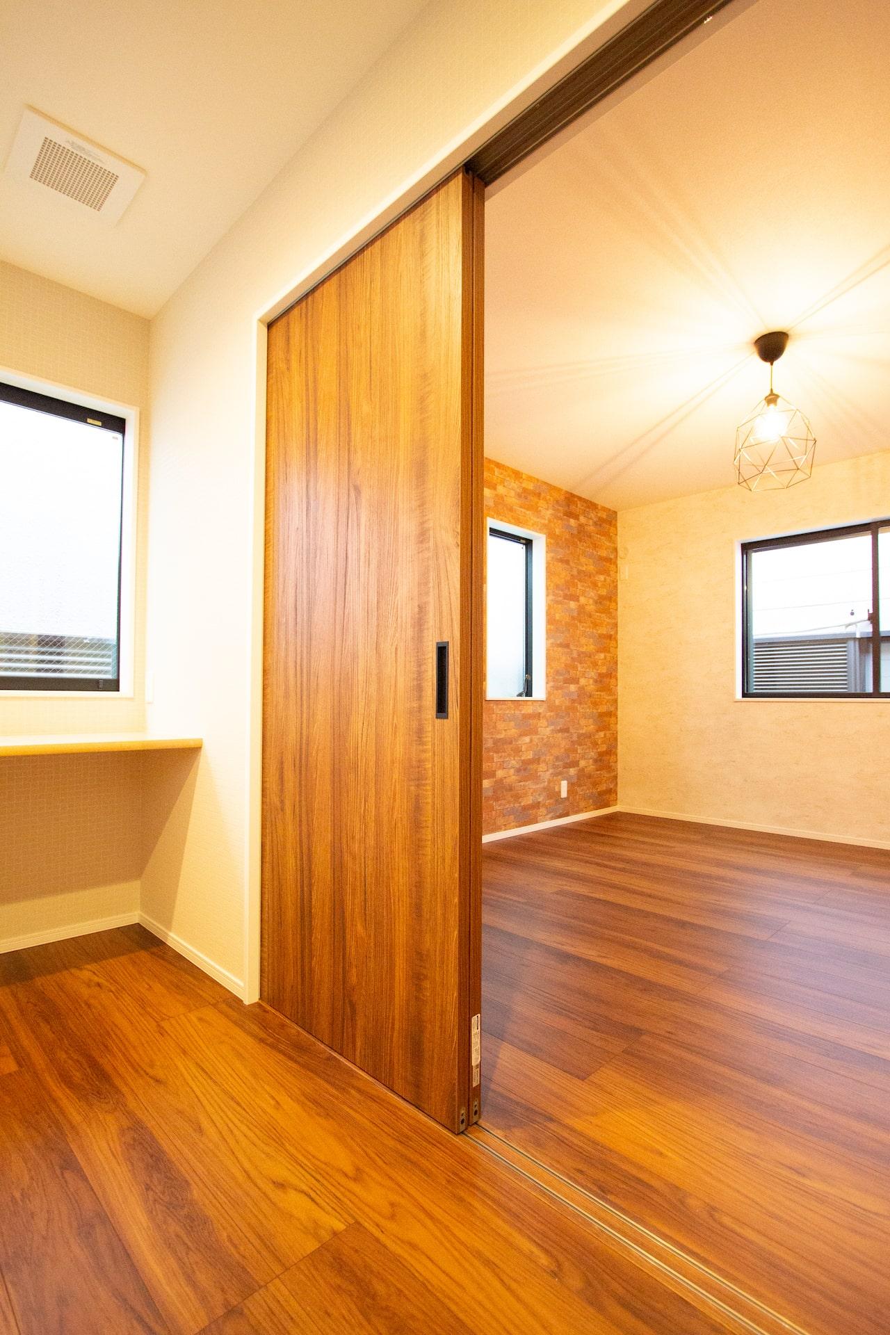 新築 豊中市 内観 階段 2F居室 間仕切り