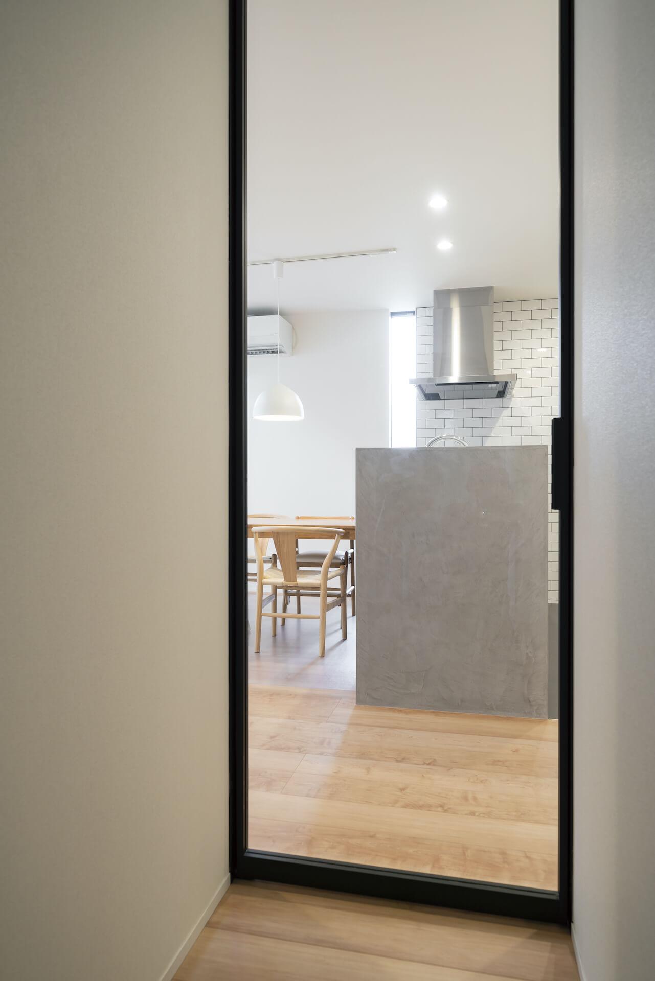 上野工務店,新築,玄関,吹き抜け,茨木市,自社施工